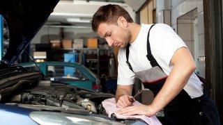 S kterými auty do 100 000 Kč je nejméně problémů? Před Fabii se dostali překvapiví konkurenti