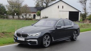BMW 730d exteriér 2