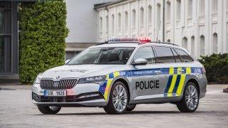 Škoda Superb Combi policejní