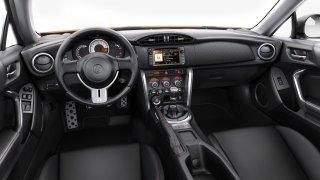 Interiér Toyoty GT86.