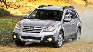 Hybridní toyoty, VW Golf a Passat i Subaru Outback. Těchto osmiletých ojetin se Američané nezbavují