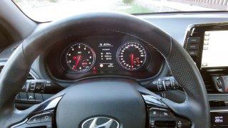 Hyundai i30 N interiér 4