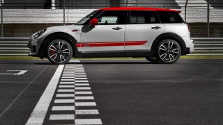 MINI John Cooper Works Clubman 9