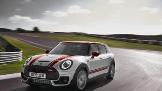 MINI John Cooper Works Clubman 3