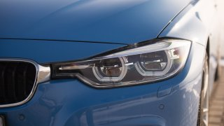 BMW 330i s dvoulitrovým čtyřválcem 1