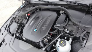 BMW 730d interiér 1