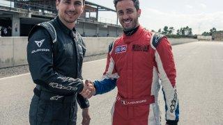 Andrea Dovizioso a Jorge Lorenzo se svezli v závod
