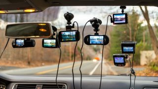 Používání palubních kamer v autě: V Portugalsku zakázáno, v řadě zemí riziko, na Ukrajině nutná věc