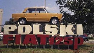 """Poklady stodol a garáží: """"Polák"""" skončil před třiceti lety, luxusem předčil všechno východní"""
