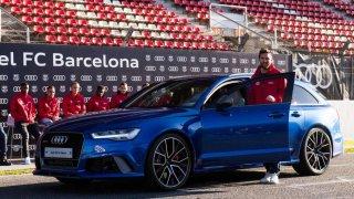 FC Barcelona má jako služební auta Audiny
