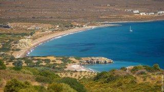 Jestli někde hledat prázdné pláže, tak právě tady