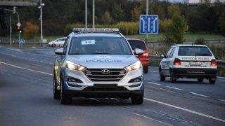 Policie předvedla nové vozy Hyundai Tucson. 1
