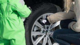 Kontrola nahuštění pneumatik