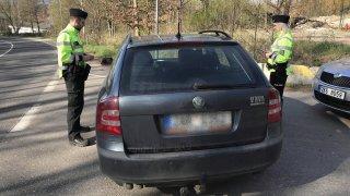Pražská policie začne lovit auta s vadným nebo vymontovaným filtrem pevných částic