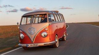 VW e-BULLI je důkazem, že elektrománie pronikla i mezi veterány
