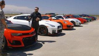 Ferrari, Porsche, McLaren, Tesla... Kdo vyhraje superzávod ve sprintu?