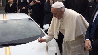 lambo pro papeže