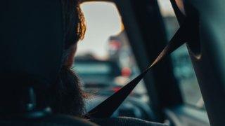 Mýtus mezi řidiči: těhotné ženy se nesmí/nemusí poutat. Jak je to doopravdy?