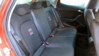 SEAT IBIZA 1.5 TSI - interiér 4
