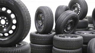Vyznáte se v energetických štítcích na pneumatikách? Pokud ne, můžete chybovat při výběru