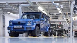 Podívejte se na výrobu Mercedesu G. Vzniká už skoro 40 let