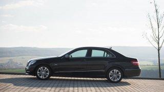 Mercedes-Benz E 220 CDI exteriér 2