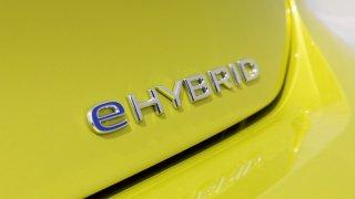 Volkswagen Golf 8 (2020) - elektrifikované verze