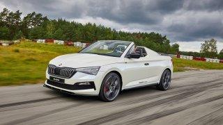 Testovali jsme nový sportovní automobil Škoda Slavia. Vypadá lépe, než jezdí