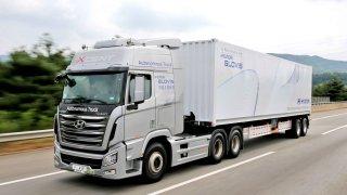 Autonomní nákladní vůz Hyundai úspěšně absolvoval testovací jízdu