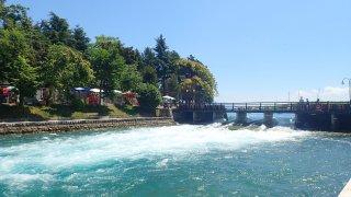 Z Ohridského jezera vytéká řeka Černý Drin