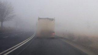 Absolutní nezodpovědnost řidiče náklaďáku. Ohrozil policisty, kteří si pro něj ihned dojeli