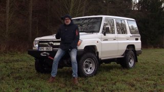 Recenze Toyoty Land Cruiser 76 Station Wagon V6