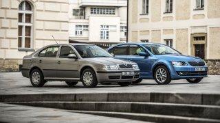 Škoda Octavia v první a třetí generaci.