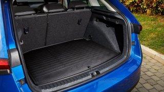I škodovky si přidávají. Němci měřili rozdíl mezi udávaným a reálným objemem kufru hatchbacků a MPV