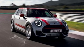 MINI John Cooper Works Clubman 2