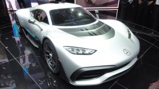 Mercedes-AMG Project ONE - Formule 1 na silnici