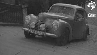 Testy československých aut před 70 lety: Škoda Popular i aerovka jezdily po pražských schodech