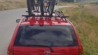 Jízdní kola na střeše