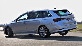 První jízdní test nové Škody Octavia Combi v Česku očima pěti různých řidičů. Chválí ji i kritizují