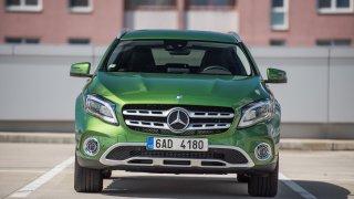 Mercedes-Benz GLA je po faceliftu opět šik. 1