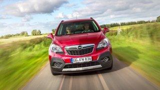 Ojetý Opel Mokka může mít proti konkurenčním malým SUV zásadní výhodu. A boduje spolehlivostí