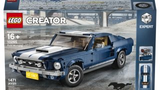 Ford Mustang 1967 - LEGO 4