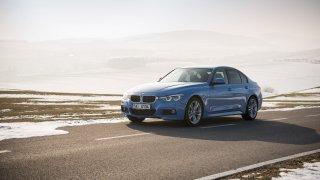 BMW 330i s dvoulitrovým čtyřválcem 2