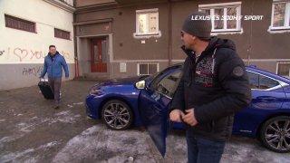 Test luxusního hybridního sedanu Lexus ES 300h