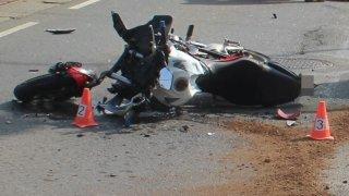Jaro je tady a s ním i mrtví motorkáři: Řidička v Olomouci nedala přednost, motocyklista neměl šanci
