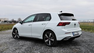 Volkswagen Golf GTE vs. 2.0 TDI Evo