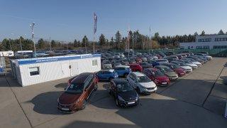 Roční octavia za 329 900, BMW 525d se zárukou za 699 800 Kč. Zkoumali jsme značkové programy ojetin
