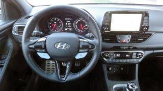 Hyundai i30 N interiér 1