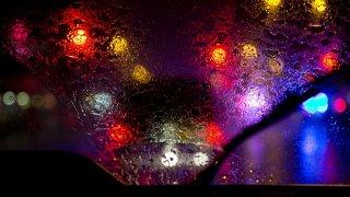 Optřebované stěrače: Spousta motoristů riskuje zdraví kvůli pár korunám