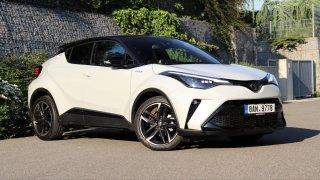 Test Toyoty C-HR v nejdražším provedení GR Sport 2.0 Hybrid: Po pěti letech stále na vrcholu